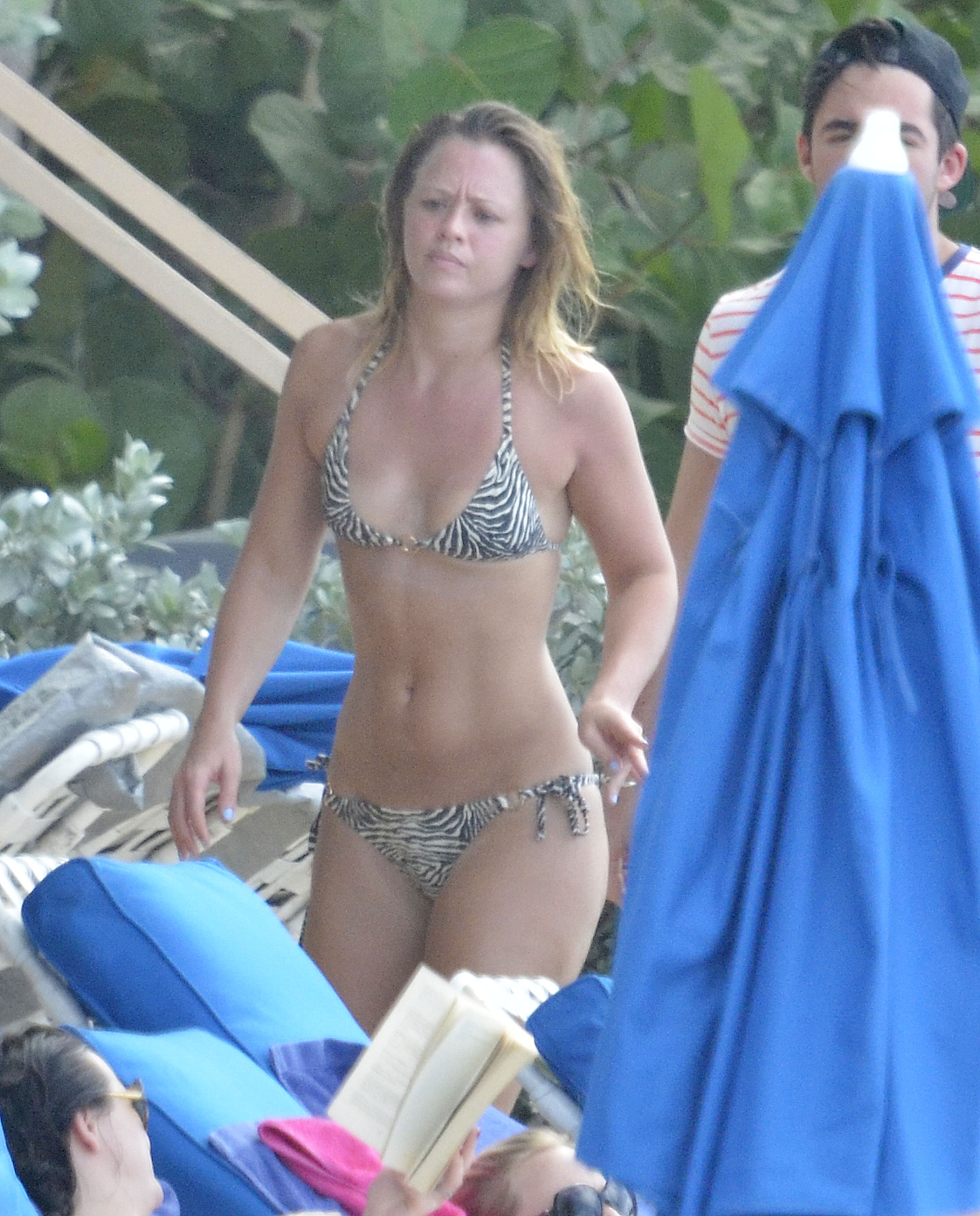 girls aloud member kimberley walsh sexy upskirt and topless or oops