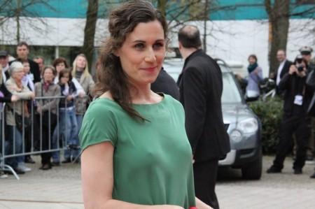 Nina Kunzendorf  (6)