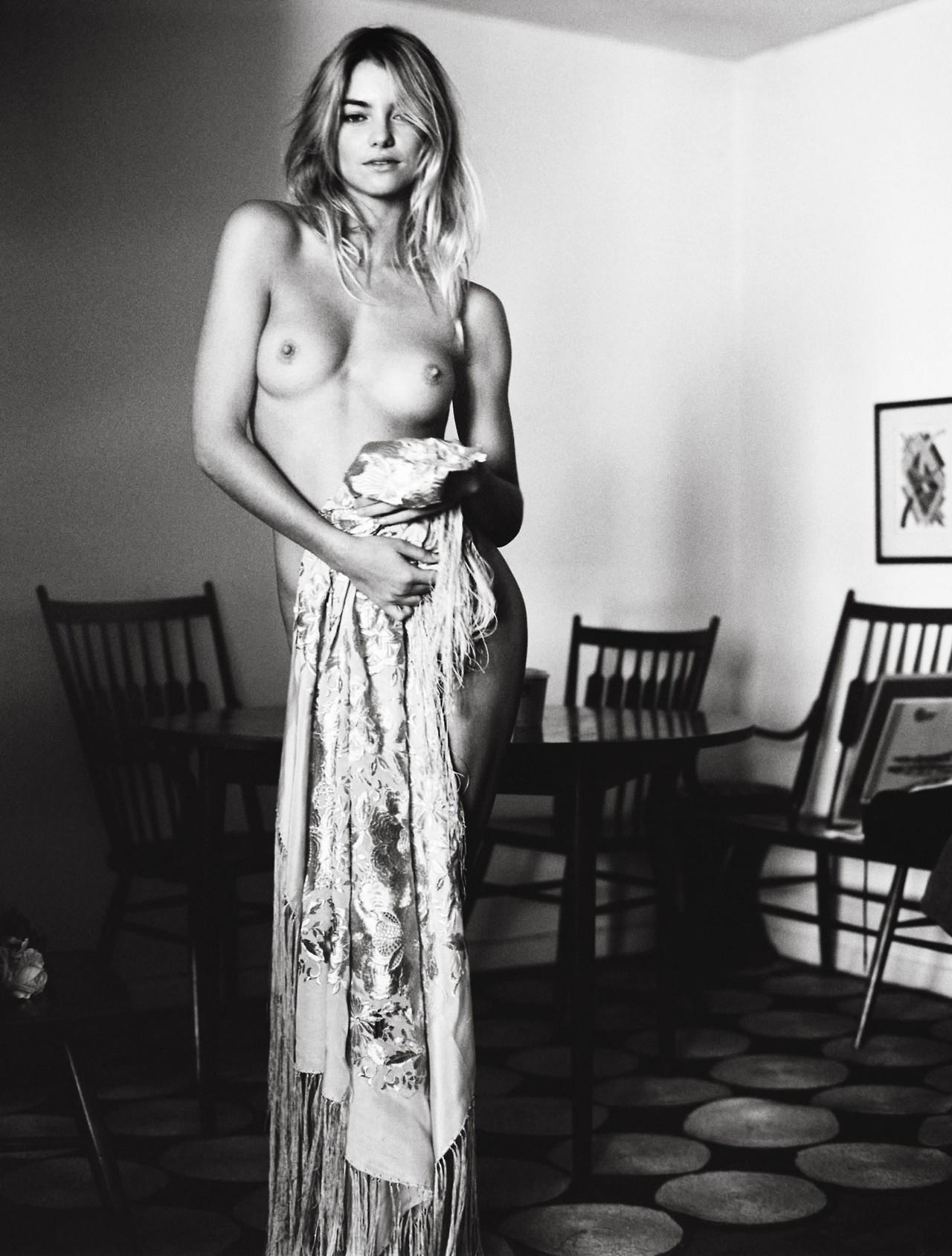 Victoria's Secret Elyse Taylor naked | Doogleburger