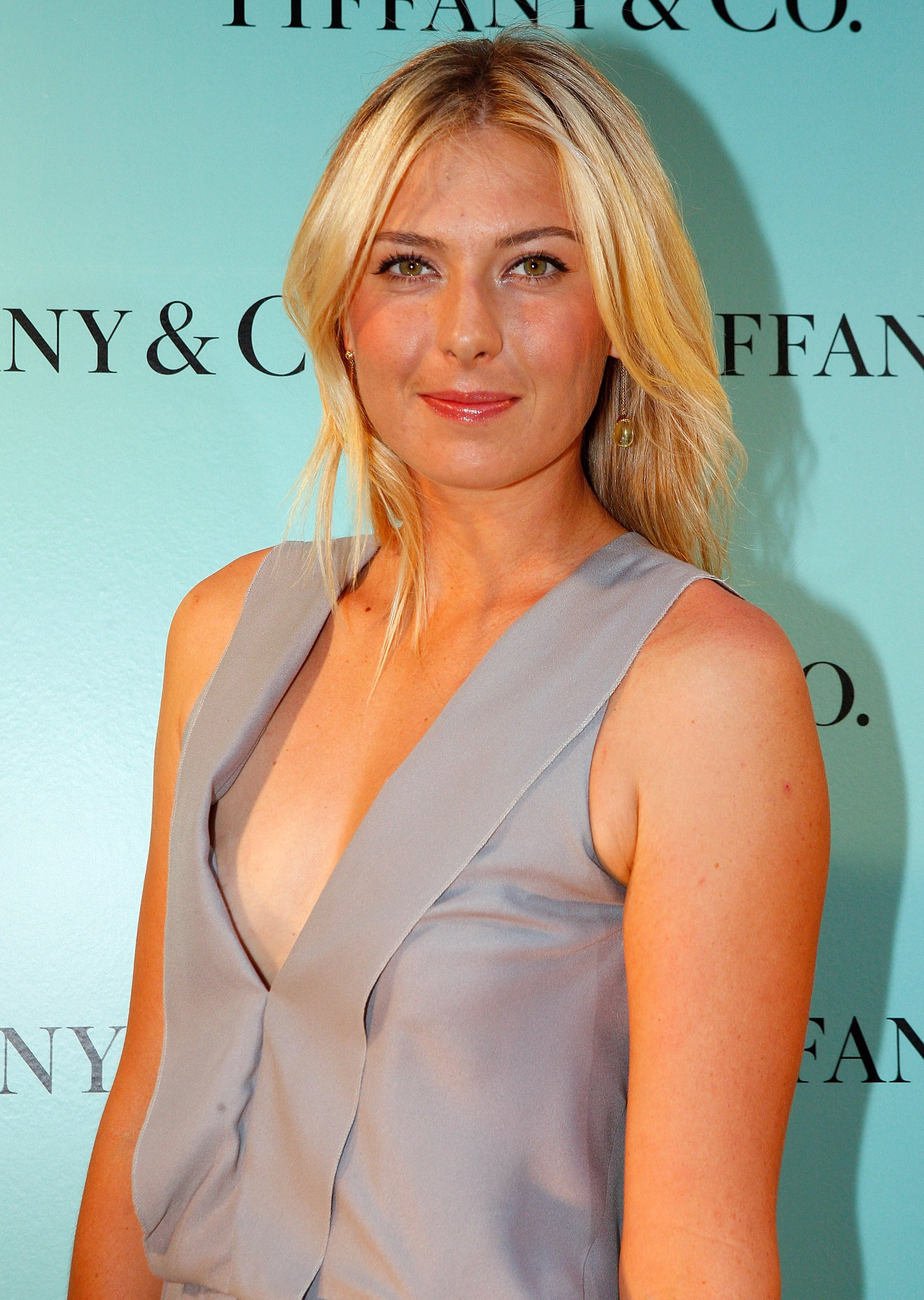 maria-sharapova-naked-pictures-monica-lewinsky-facial