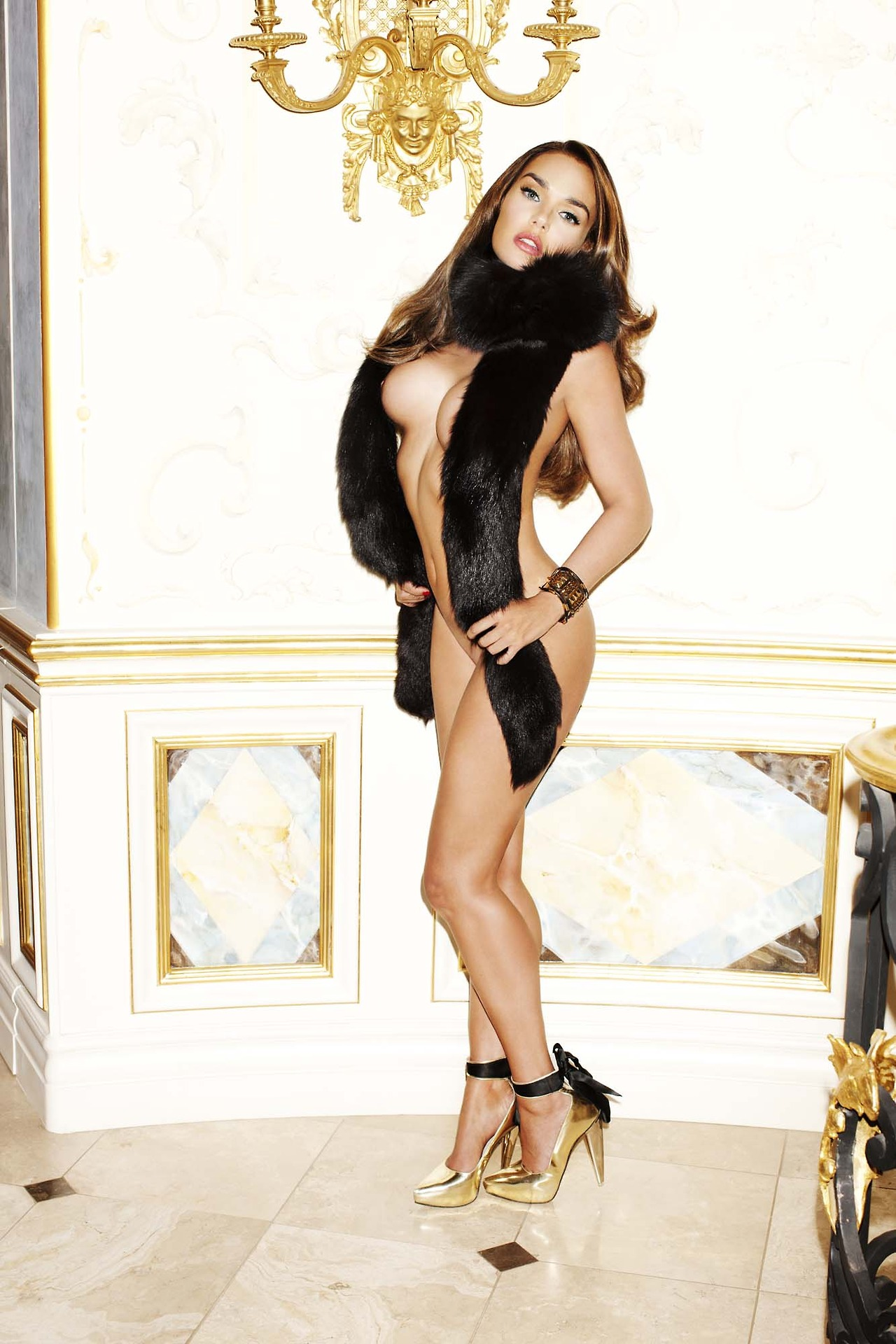 aria indian nude model