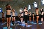 naked Yoga (19)