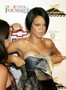 Rihanna (36)