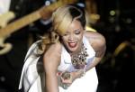 Rihanna  (40)