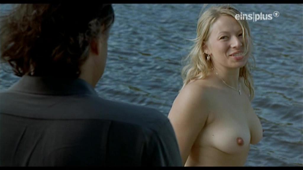 frida nude