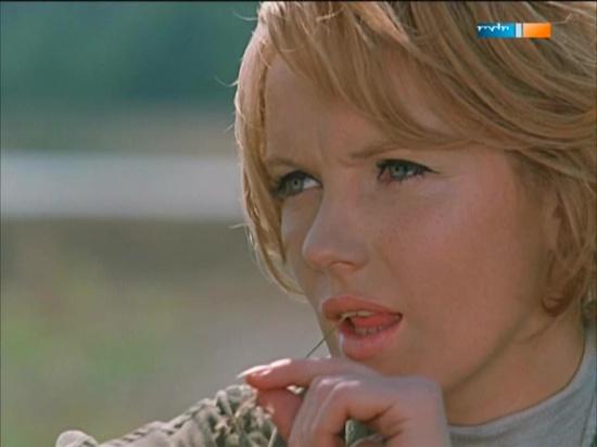 Angelika Waller (9)