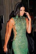 Kendall Jenner (40)