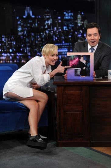Miley Cyrus (15)