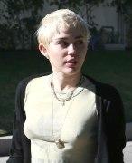 Miley Cyrus (31)