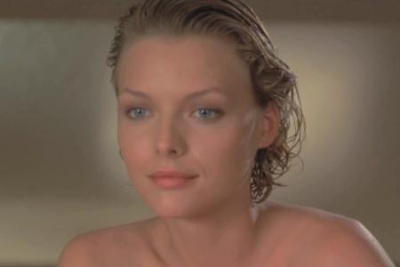 Michelle Pfeiffer (32)