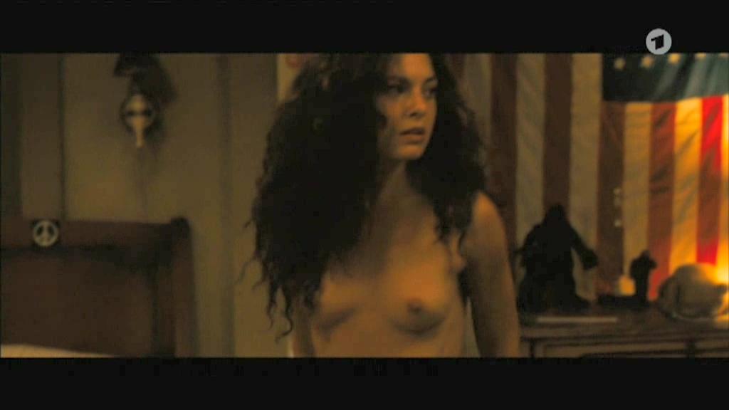 nudes-alexa-davalos-models-nude-fucking-like