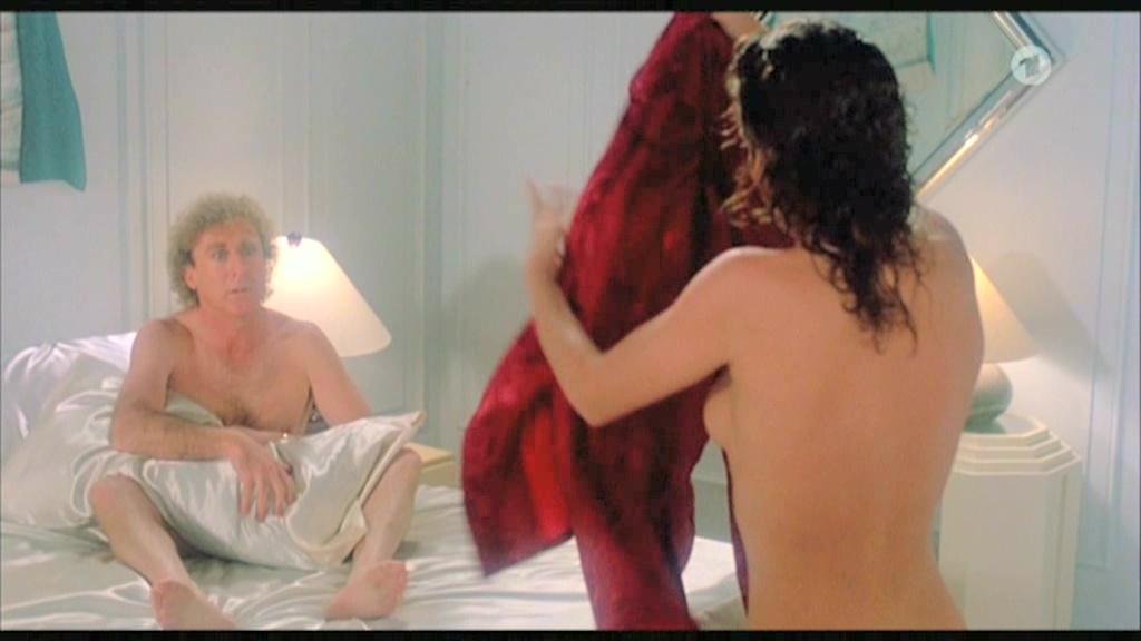 Nude photos kelly lebrock sex scene thin
