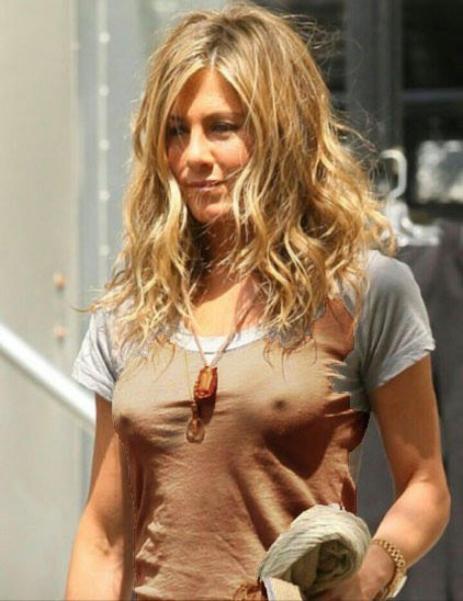Nackt  Jennifer Aniston 12 Times