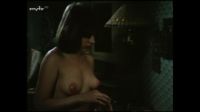 Jacqueline Pöggel  nackt