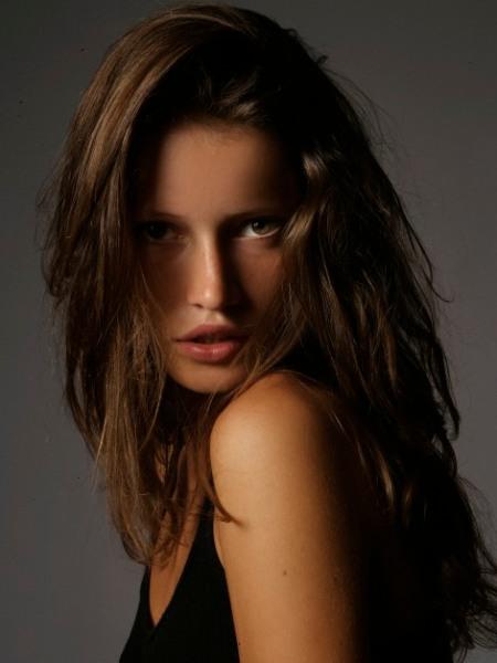 Sophie Strobele  nackt