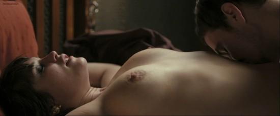 Hannah Arterton  nackt